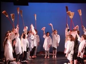 Hamburg Musical Company show 2010-13 Szene aus dem Musical Annie