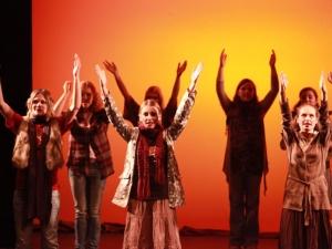 Hamburg Musical Company show 2010-4 Chor aus dem Musical Hair