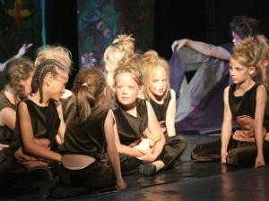Hamburg Musical Company show 2012-7 Kinder als Gorillas aus Tarzan