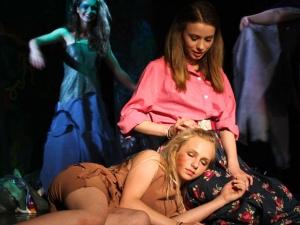 Hamburg Musical Company show 2012-9 Schauspie--Szene von Tarzan und Jane