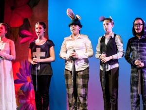 Hamburg Musical Company show 2013-08 Chor aus Alice im Wunderland