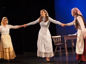 Hamburg-Musical-Company-Theateraufführung-2015-Song-anatevka-03