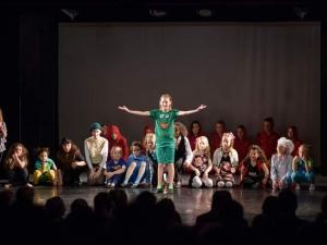 Hamburg-Musical-Company-Theateraufführung-2015-backstage-kostüme-01