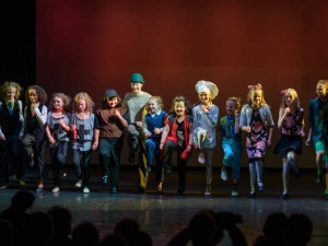 Hamburg-Musical-Company-Theateraufführung-2015-Song-muppetshow-06