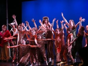 Hamburg Musical Company Sommershow 2016 Gesang und Tanzszene