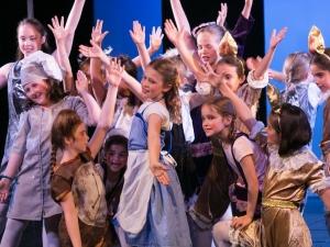 Hamburg Musical Company Theaterschule für Kinder und Jugendliche Finale aus Schöne und das Biest