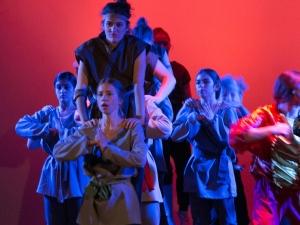 Hamburg Musical Company Theaterschule für Kinder und Jugendliche Kampfszene aus Aufführung