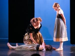 Hamburg Musical Company Theaterschule für Kinder und Jugendliche Sommershow 2016 Schauspielszene Frozen