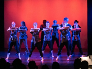 Hamburg Musical Company Theaterschule für Kinder und Jugendliche Tanzszene aus Mulan