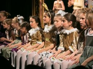 Hamburg Musical Company Theaterschule für Kinder und Jugendliche die kleinsten Nachwuchstalente auf der Bühne