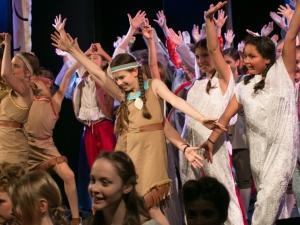 Hamburg Musical Company Theaterschule für Kinder und Jugendliche Sommershow 2026 finale und Applaus
