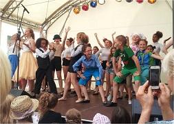 Hamburg Musical Company on stage Altonale 2015 Kinderbühne